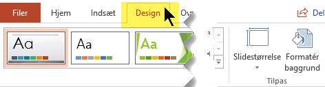 Vælg fanen Design på båndet på værktøjslinjen. Menuknappen Slidestørrelse mod højre har indstillingen slideretning.