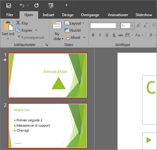 Viser PowerPoint 2016 med det mørkegrå tema anvendt