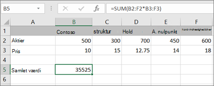 Et eksempel på en matrixformel, der beregner et enkelt resultat