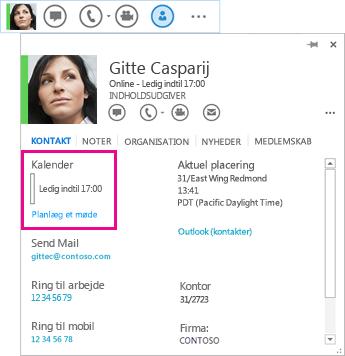 Skærmbillede af QuickLync-kontakt og et visitkort med Kalender og Planlæg et møde fremhævet