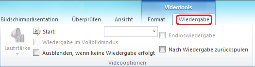 """Auf der Registerkarte """"Wiedergabe"""" im PowerPoint-Menüband befinden sich Optionen für die Auswahl, wie ein Video wiedergegeben werden soll."""