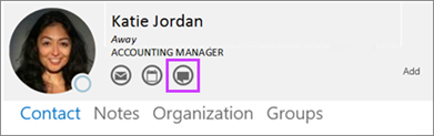 Outlook-Kontaktkarte mit hervorgehobener Chatschaltfläche