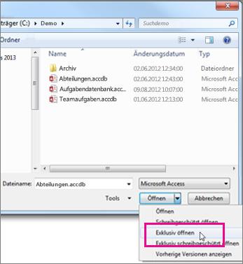Das Dialogfeld 'Öffnen' mit angezeigter erweiterter Dropdownliste der Schaltfläche 'Öffnen', Zeiger über der Option 'Exklusiv öffnen'