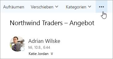 """Ein Screenshot der Schaltfläche """"Weitere Befehle"""" auf der Menüleiste von Outlook"""