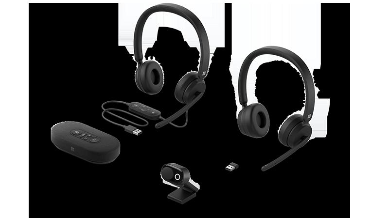 Gerätefoto von neuen Headsets, Webcam und Lautsprecher.