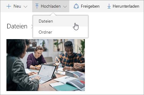 Screenshot, der zeigt, wo Dateien auf OneDrive hochgeladen werden