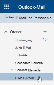 Ein Screenshot, auf dem der Cursor auf einen Ordner im Navigationsbereich in Outlook.com zeigt