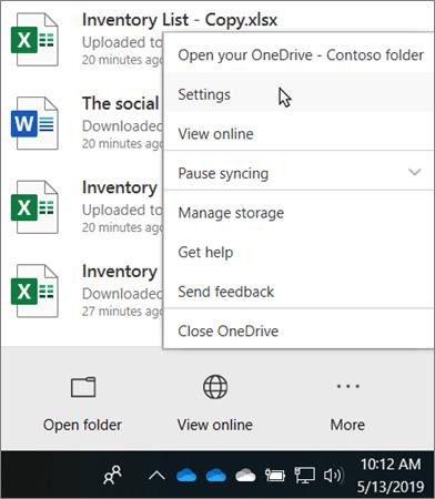 Το μενού του κέντρου δραστηριοτήτων που εμφανίζεται όταν κάνετε κλικ στο εικονίδιο εκπαιδευτικού του OneDrive