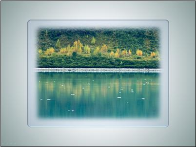 Picture with soft edges and clear frame