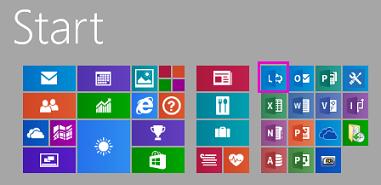 Start menu with Lync tile highlighted