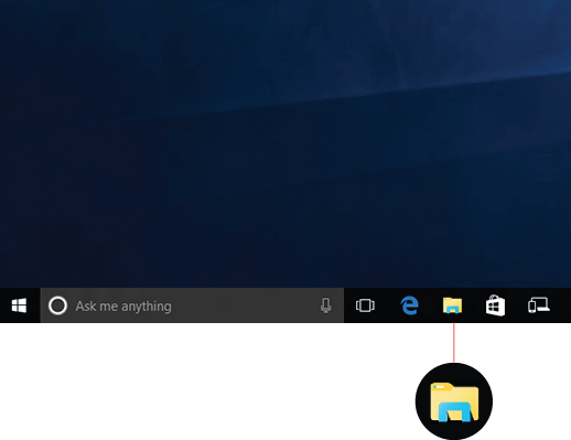 Shows File Explorer icon in the taskbar