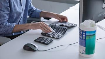Wiping keyboard