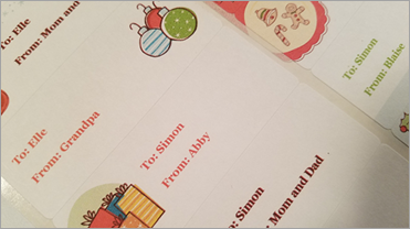 Showing Gift tags