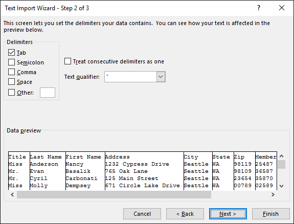 The options for Delimiters are highlighted in the Text Import Wizard.