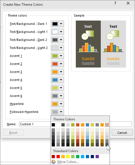 shows choosing color for hyperlink in powerpoint