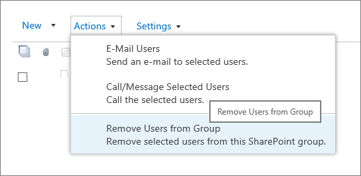 The Actions menu showing Remove Users from Group