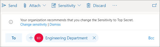 Screenshot of a tip about a recommended sensitivity label