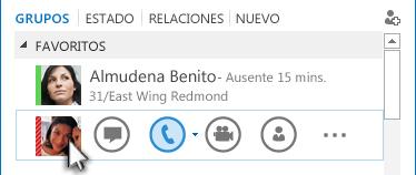 Captura de pantalla del menú rápido de Lync con el icono de teléfono resaltado