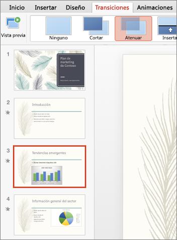 En el panel de miniaturas, seleccione la diapositiva a la que quiere aplicar la transición.