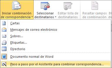 En Word, en la pestaña Envíos, elija Iniciar combinación de correspondencia y, a continuación, elija a Asistente para combinar correspondencia paso a paso
