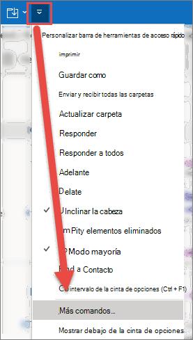 Abra el menú personalizar la barra de herramientas de acceso rápido, con una flecha que apunta a la opción más comandos.