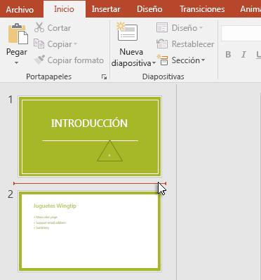 La línea horizontal rojo indica que se insertará la nueva diapositiva o diapositivas.