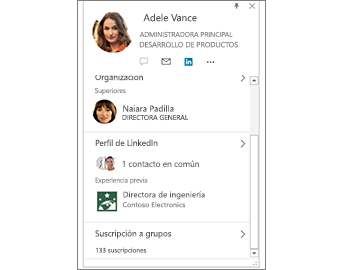 Tarjeta de contacto con información de LinkedIn