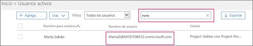 """La captura de pantalla muestra una sección de la página Usuarios activos con el término de búsqueda """"verónica"""" escrito en el cuadro de búsqueda adyacente a la opción Filtros, que está establecida en Todos los usuarios. A continuación, se muestran el nombre de usuario y el nombre para mostrar completos."""