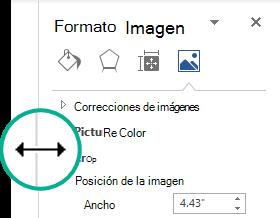 Puede cambiar el ancho de un panel de tareas acoplado