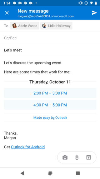 Se muestra una pantalla de Android con un borrador de correo electrónico en el que figura una lista de horas en las que el remitente está disponible.