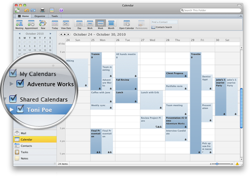 Outlook que muestra varios calendarios