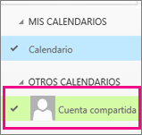 Outlook Online con un calendario de buzón de correo compartido seleccionado