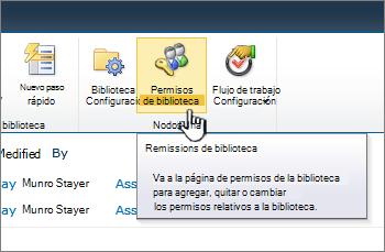 Botón de permisos de biblioteca en la cinta de opciones