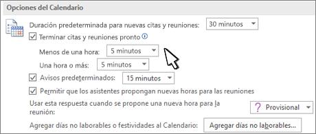 Cuadro de diálogo Opciones del calendario con la casilla Finalizar las citas y reuniones antes seleccionada
