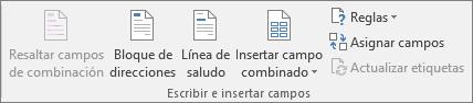 Los campos Escribir e Insertar le permiten insertar campos en un documento de combinación.