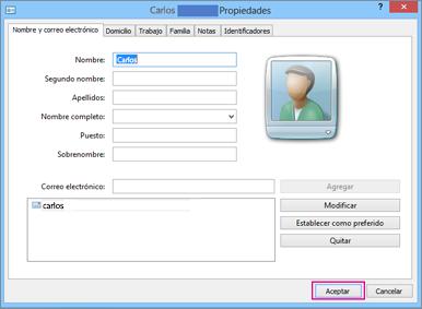 Elija Aceptar para cada uno de los contactos que desee importar al archivo CSV.