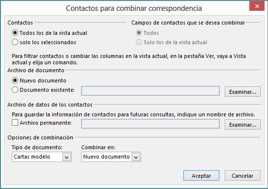 Haga clic en Combinar correspondencia en la pestaña Inicio de la carpeta Contactos para iniciar una combinación de correspondencia.