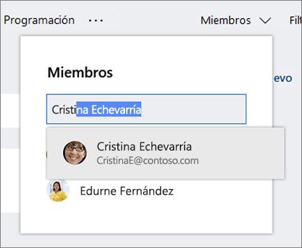 Captura de pantalla de la Lista de miembros al escribir el nombre de un nuevo miembro del plan.