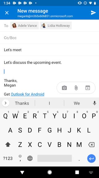 Se muestra una pantalla de Android con un borrador de correo electrónico. Debajo del mensaje hay tres botones: Cámara, Datos adjuntos y Calendario.
