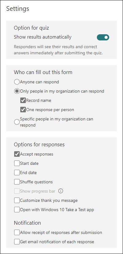 Varias opciones de configuración para Microsoft Forms, como quién puede rellenar un formulario, opciones para respuestas y notificaciones.