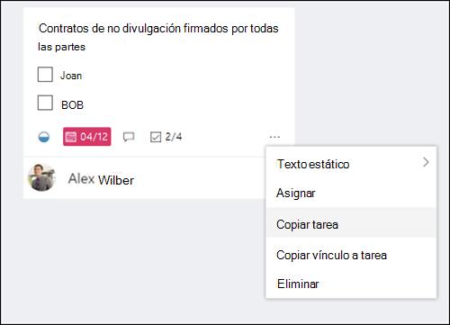 Captura de pantalla: muestra el menú más abierto desde una tarea en el panel de Planner.