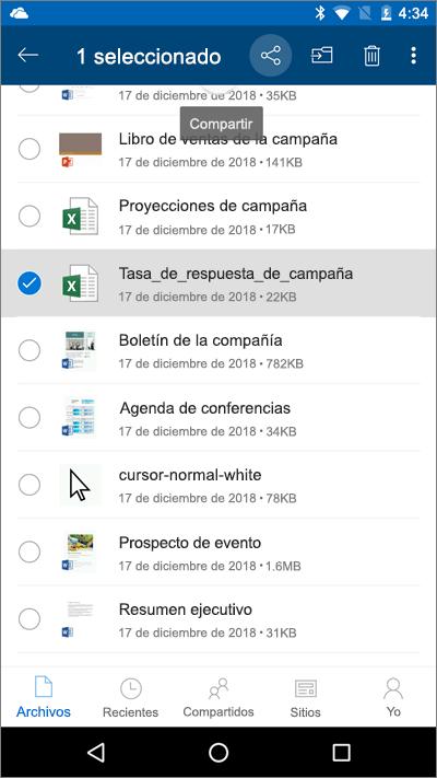 Captura de pantalla de la aplicación móvil de OneDrive con un archivo seleccionado y el icono de carga resaltado