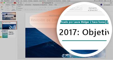 Presentación la miniatura de una diapositiva con un resaltado en verde y una vista ampliada de la diapositiva en la que se muestran cambios hechos por otros usuarios
