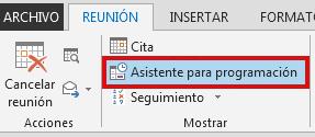 La opción Asistente para programación se encuentra en la pestaña Reunión.