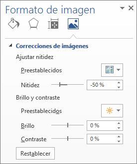 Opciones de correcciones de imágenes en el panel de tareas formato de imagen
