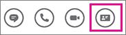 Barra de acciones rápidas con tarjeta de contacto seleccionada