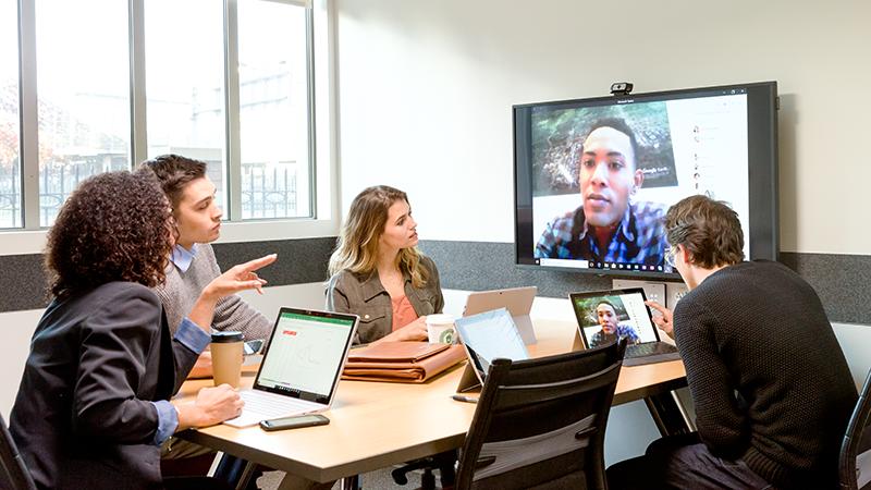 Pilt, mis näitab, et meeskond koostöö Microsoft Teams abil