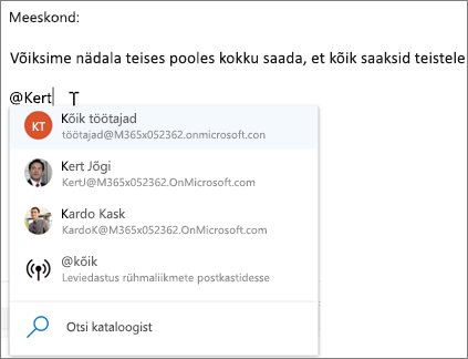@-mainimised Outlooki veebirakenduses