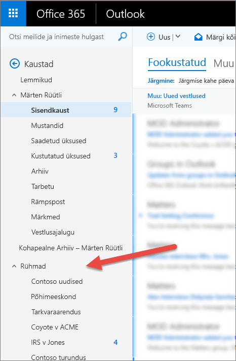 Oma rühmad leiate Outlooki töölaua- või veebirakenduse vasakus servas navigeerimispaanilt