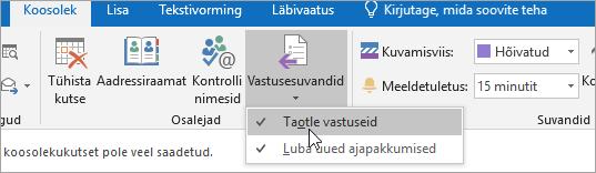 Kuvatõmmis rakenduse Outlook 2016 for Windows nupust Taotle vastuseid
